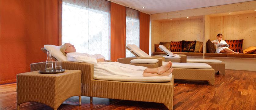 Hotel Silvretta Park, Klosters, Graubünden, Switzerland - relaxation room.jpg